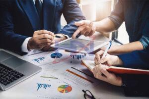 so sánh hợp nhất và sáp nhập doanh nghiệp là gì